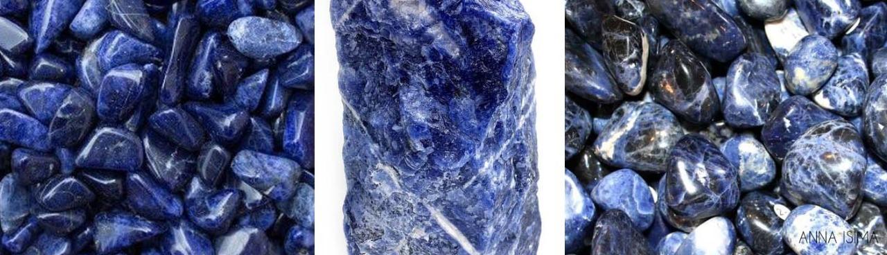 Nesta imagem temos três fotos de rocha sodalita azul
