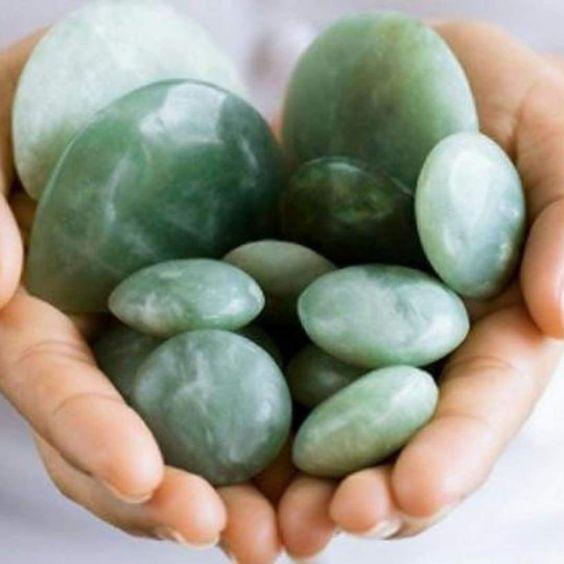 QUARTZO VERDE : Pedra redonda